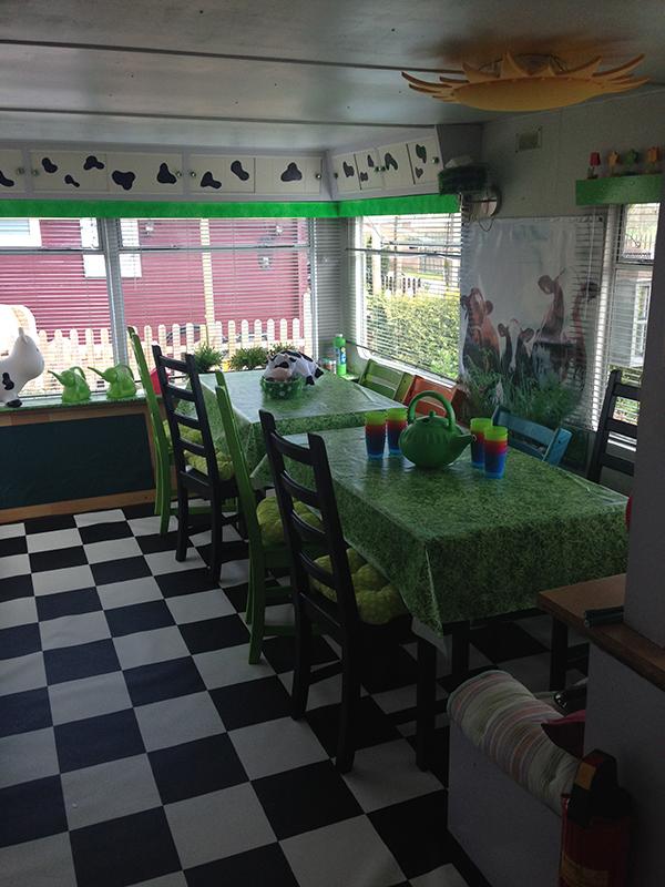 Kinderopvang Poppejans Groningen - caravan binnen web