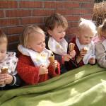 Kinderopvang Poppejans Groningen - ijsje eten